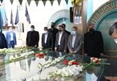 سرپرست وزارت آموزشوپرورش در مراسم غبارروبی گلزار شهدای گمنام کرج حضور یافت