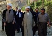 حضور نماینده ولیفقیه در کردستان در بین روستانشینان/دستور ساماندهی رسیدگی به مشکلات مردم منطقه صادر شد