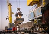 پهلوگیری 5 کشتی کالای اساسی در بندر شهید رجایی طی روزهای آینده