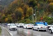 ترافیک جادههای مازندران از ظهر امروز سنگین شد/پس خوردگی ترافیک در هراز و کندوان + فیلم