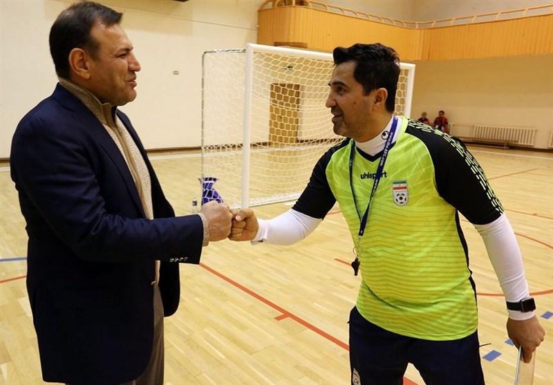 عزیزی خادم با حضور در تمرین تیم ملی فوتسال: موفقیت شما بر عملکرد سایر تیمهای ملی موثر است