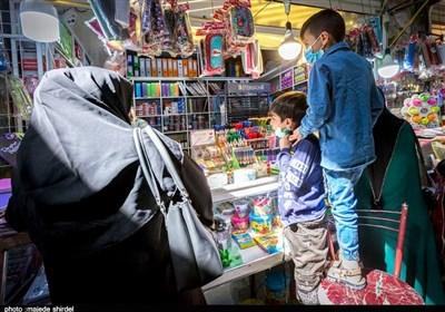 بوی ماه مهر در همدان| شوق دانشآموزان همدانی برای آغاز سال جدید تحصیلی آنها را روانه بازار کرد + تصاویر