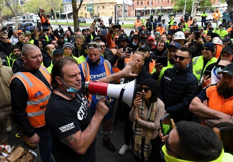 Protest Erupts in Melbourne After Virus Worries Shut Down Construction Sites