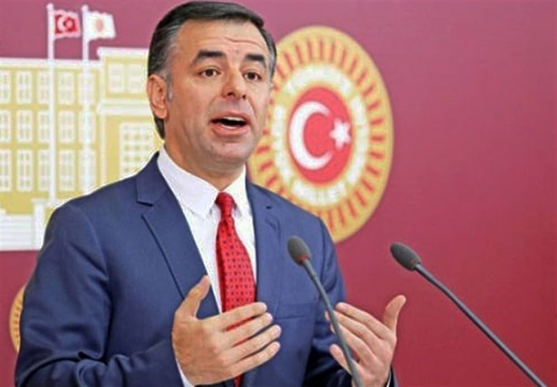 عضو حزب جمهوری خلق ترکیه از ارسال نامه بشار اسد به کلیچدار اوغلو خبر داد