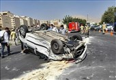 واژگونی پژو 206 پس از تصادف شدید با 3 خودرو + تصاویر