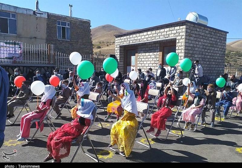بازگشایی حضوری مدارس در سه مرحله تا نیمه دوم آبان/کلاس اولیها در مدارس+عکس