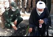 عطرافشانی گلزار شهدای کردستان همزمان با هفته دفاع مقدس + تصاویر