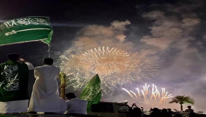 خشم سعودیها از حواشی غیراخلاقی جشن «روز ملی عربستان»