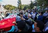 تشییع پیکر شهید لندی تا خانه ابدی / سنگ تمام مردم ایذه برای قهرمان نوجوان / قهرمان ملی در خاک آرمید + فیلم