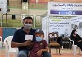ثبت رکورد 2000 تزریق روزانه در پایگاه واکسیناسیون بنیاد جهادی راسخون اهواز+ تصاویر
