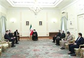 Iran Ready to Share Technical Expertise with Belarus: President
