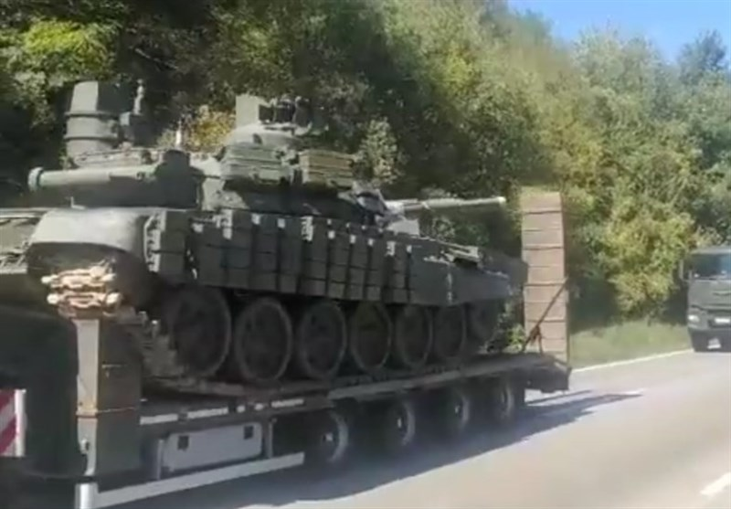 Tanks, Fighter Jets Spotted near Kosovo Border As Tensions Soar with Serbia (+Video)