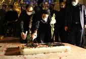 مزار شهدای گمنام میدان امام حسین (ع) غبارروبی شد