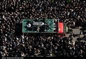 وداع باشکوه مردم مازندران با آیتالله حسنزادهآملی/ پیکر علامه کنار همسرش در خاک ایرا آرام گرفت