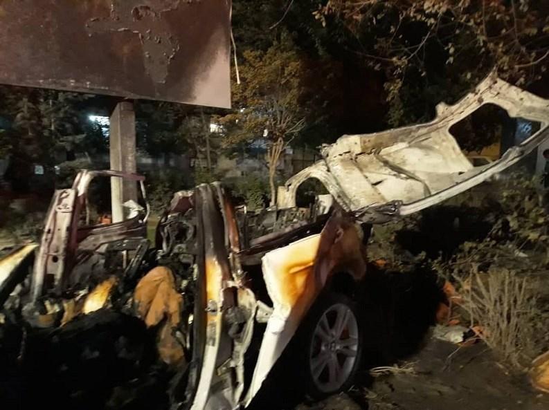 1400070608573529237034410 - مرگ تلخ سرنشینان BMW میان شعلههای آتش + تصاویر