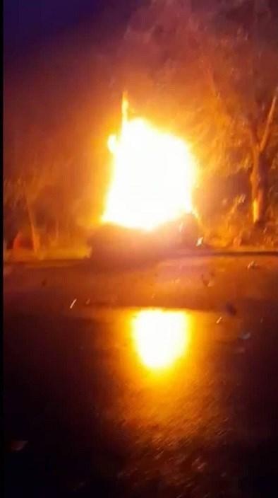 14000706085809748237034710 - مرگ تلخ سرنشینان BMW میان شعلههای آتش + تصاویر