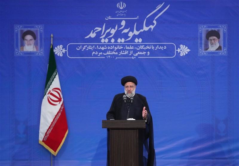 """رئیس جمهور در یاسوج: """"قاچاق و واردات بیرویه"""" را دیگر نمیپذیریم/ جهاد سازندگی احیا خواهد شد/ آینده را روشن و امیدوارکننده میبینم"""