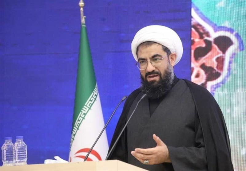 نماینده ولیفقیه در استان همدان: زحمات نیروی انتظامی با وجود امنیت پایدار برای همگان محسوس است