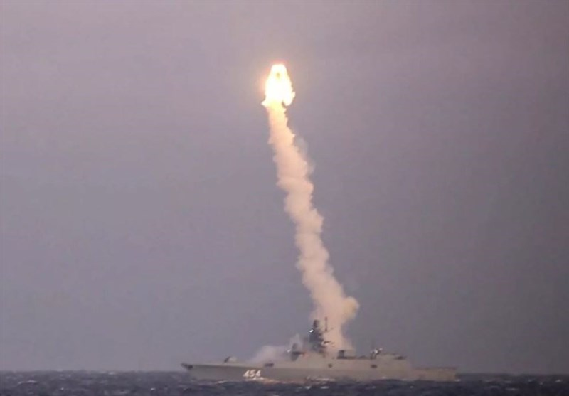 Russian Navy Fires Zircon Anti-Ship Hypersonic Cruise Missile from Nuclear Submarine (+Video)