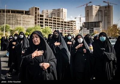 تشییع شهدای گمنام در محل دریاچه شهدای خلیج فارس