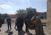 """خادمان حرم رضوی میهمان خانواده شهید """"سهرابلویی"""" شدند"""