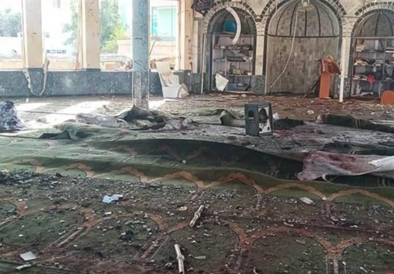 داعش مسئولیت حمله به مسجد شیعیان «قندوز» را بر عهده گرفت/ طالبان وعده مجازات عاملان انفجار را داد