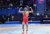 کشتی فرنگی قهرمانی جهان| نفسها حبس شد تا قهرمان المپیک به فینال جهانی برسد/ دلخانی فینالیست شد