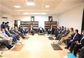 دیدار وزیر کشور با نماینده ولی فقیه در استان هرمزگان /تاکید وحیدی بر حمایت صنایع از ورزشهای دریایی