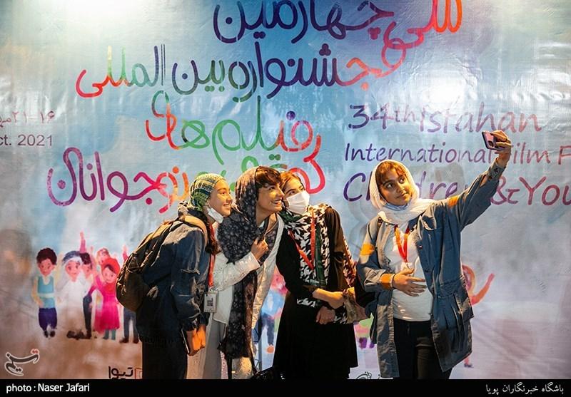 روایت تسنیم از روز چهارم جشنواره فیلم کودک/ عدم اکران فیلمهای کودک و نوجوان به سیاستهای غلط باز میگردد