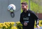 عذرخواهی هوادار خردسال آرژانتینی از مسی به خاطر شباهت نامش به رونالدو + عکس