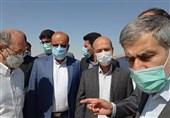 وزیر نیرو از تصفیهخانه فاضلاب و سدنرگسی شهرستان کازرون بازدید کرد