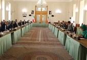 پایان رایزنی علی باقری و انریکه مورا با توافق برای ادامه رایزنیها در بروکسل