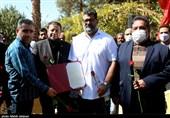 مراسم استقبال از مربی تیم ملی کشتی فرنگی در اصفهان به روایت تصویر