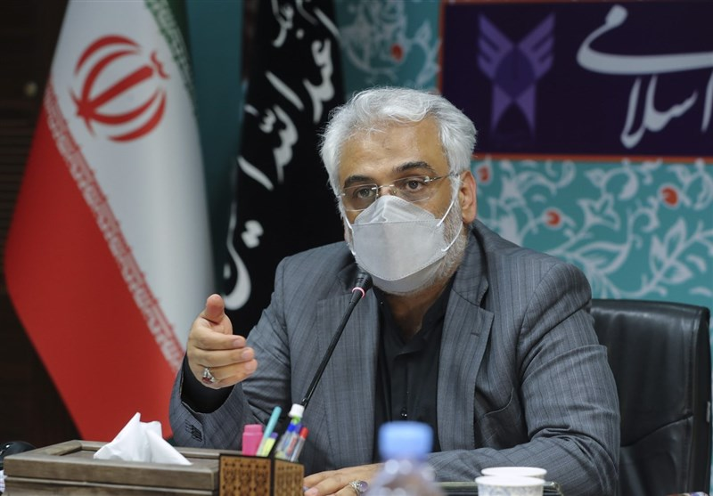 رونمایی از سند تحول دانشگاه آزاد / طهرانچی: آموزش حافظه محور باید تغییر کند