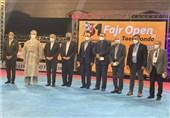تجلیل فدراسیون تکواندو از رئیس فدراسیون کاراته