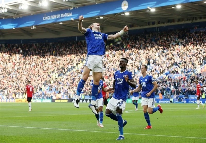 لیگ برتر انگلیس | منچسترسیتی به یک امتیازی لیورپول برگشت / ادامه روند ناکامیهای منچستریونایتد با شکست برابر روباهها