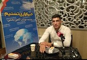 """گفتوگوی تسنیم با دارنده مدال برنز مسابقات جهانی کشتی/ ناگفتههایی از توصیههای """"بنا و سوریان"""" به پشتام + فیلم"""