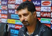 حسینی: نفت گردن کلفت است و این میتواند یک هشدار برای ما باشد/ فدراسیون تصمیمی بگیرد که باشگاهها و تیم امید متضرر نشوند