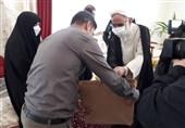 دیدار نماینده ولی فقیه در سپاه با خانوادههای معظم شهدا در زنجان + فیلم
