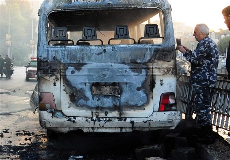 انفجار در مسیر مینی بوس نظامیان سوریه در دمشق + عکس