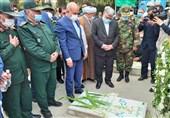 وزیر کشور به مقام شامخ شهدای مشهد ادای احترام کرد
