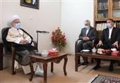 نماینده ولی فقیه در استان مرکزی: در برخی نهادها و دستگاههای دولتی شاهد اسراف هستیم