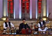 تجدید مثاق اهالی موسیقی نواحی با شهید سردار سلیمانی / دومین شبِ نغمههای نواحی در کرمان