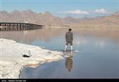 استاندار آذربایجان غربی: احیای دریاچه ارومیه از اولویتهای جدی است