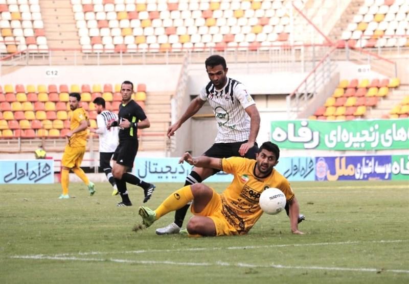لیگ برتر فوتبال| برتری پرگل سپاهان مقابل نفت مسجدسلیمان در نیمه نخست
