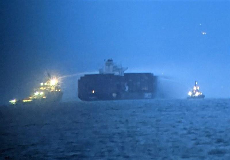 Kanada Sularında İsrail Gemisi Yanıyor