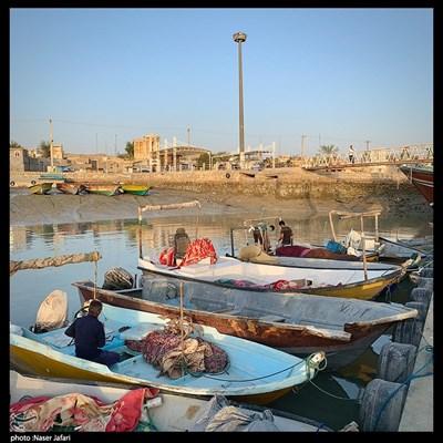 قایق های صیادی در لافت