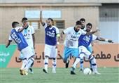 لیگ برتر فوتبال| پیکان 10 نفره هوادار را شکست داد/ گلگهر، فجر را برد اما به صدر نرسید