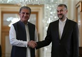 Iran Has Security Contacts with Afghanistan Caretaker Rulers: FM