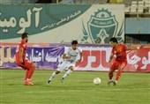 لیگ برتر فوتبال| تساوی آلومینیوم و فولاد در نیمه نخست